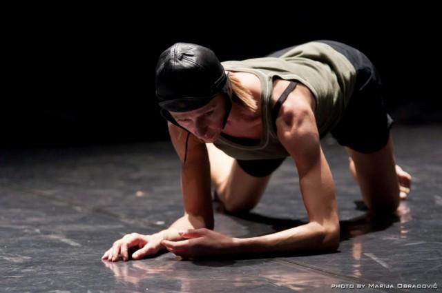 Simona Bertozzi - Bird's Eye View. Appunti coreografici per Mimicry