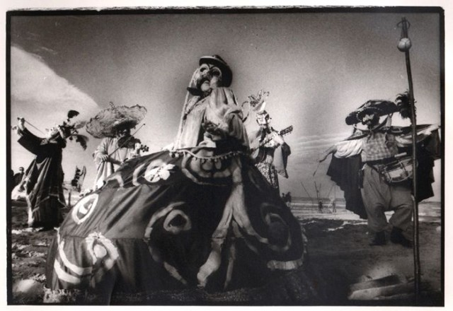 Teatro Due Mondi, Fiesta
