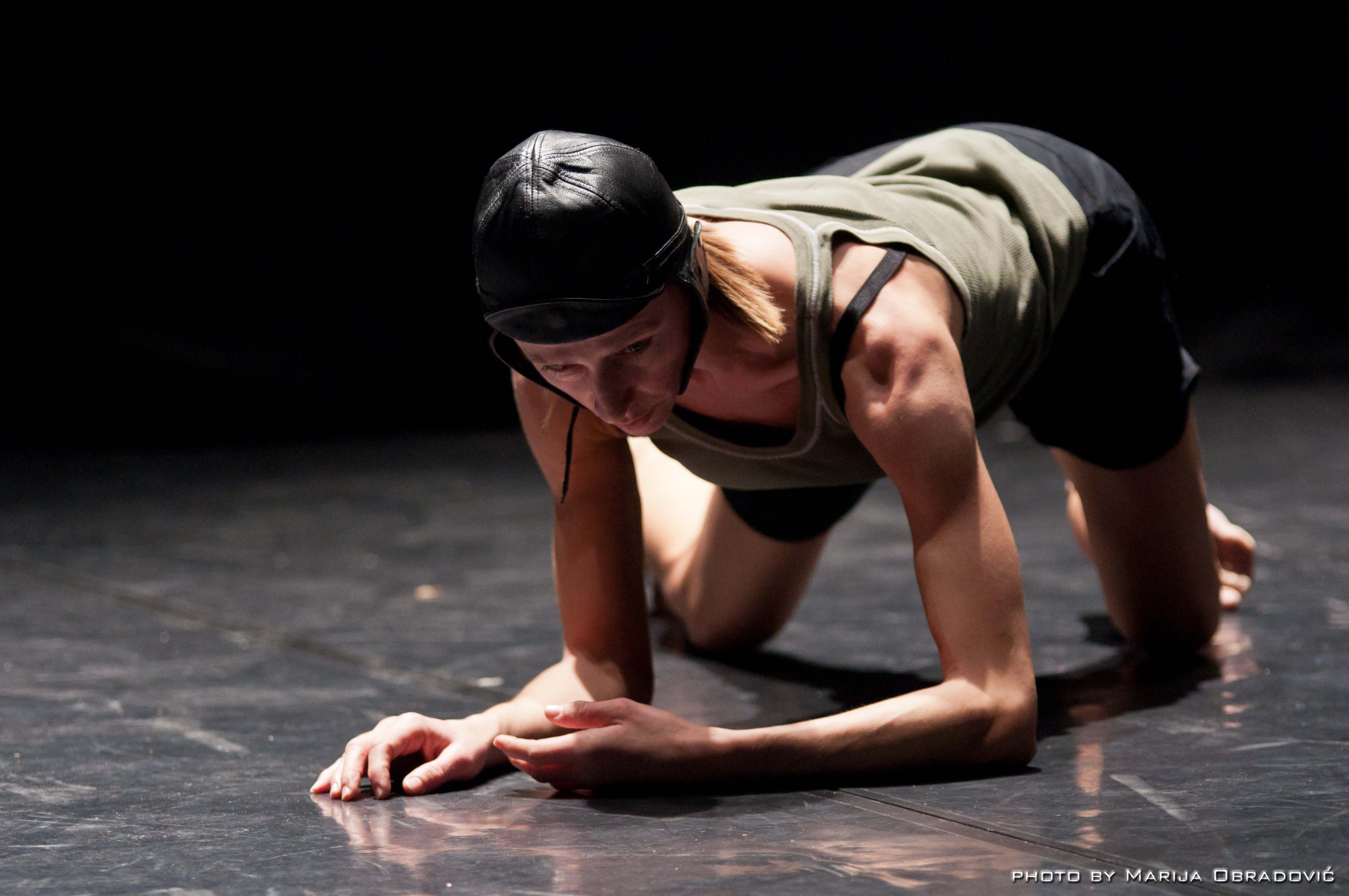 Simona Bertozzi Bird's eye view. Appunti coreografici per Mimicry – photo Marija Obradovic