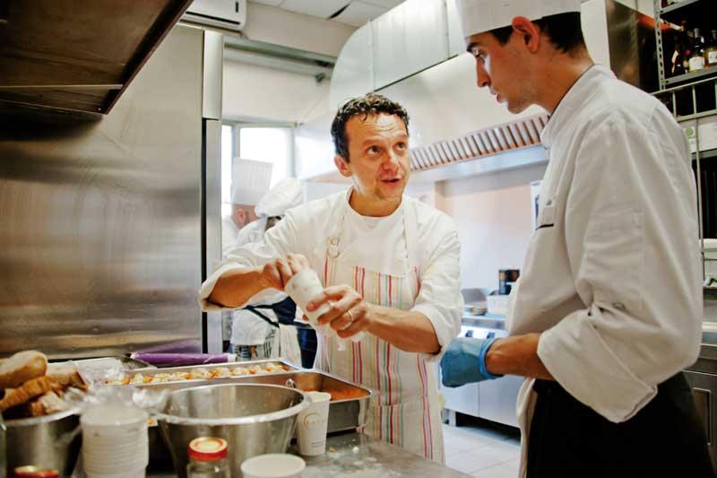 Fabrizio Mantovani in cucina
