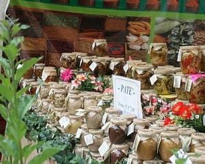 cibi-ditalia-i-mercati-contadini-in-vetrina-al-castello-sforzesco-0_37202--400x320
