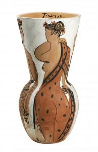 Pablo Picasso, Grande vaso in terracotta con figure femminili