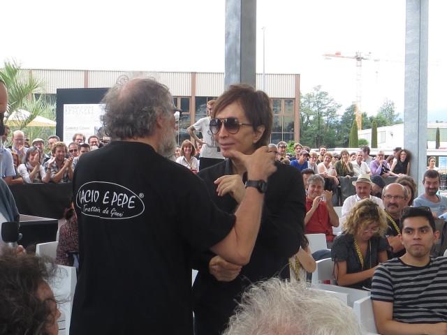 Michael Cimino scherza con Enrico Ghezzi