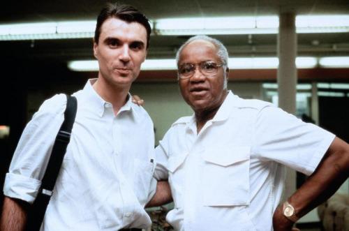 Pops Staples con David Byrne sul set di True Stories (1986)