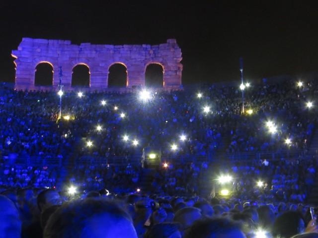 L'Arena di Verona s'illumina al suono di David Gilmour