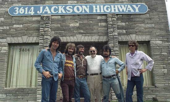 Tony Joe White, Donnie Fritts, Kris Kristofferson, Jerry Wexler e John Prine a Muscle Shoals nei primi anni Settanta