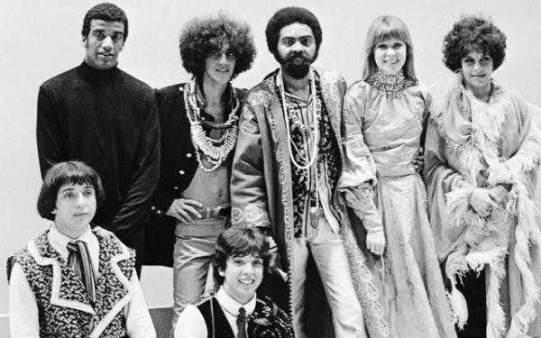 Os Mutantes con Jorge Ben, Caetano Veloso, Gilberto Gil, Nara Leão e Gal Costa
