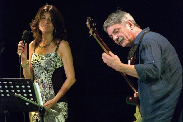 Maria Pia De Vito + Ares Tavolazzi (foto di Giorgio Ricci)