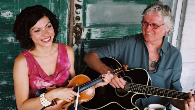 Carrie Rodriguez all'epoca della sua collaborazione con Chip Taylor