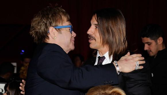 Anthony Kiedis con Elton John
