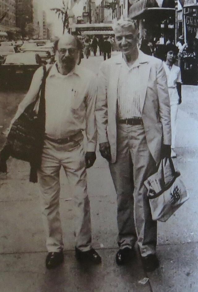 Allen Ginsberg e ohn Hammond Sr – New York City, 1981...