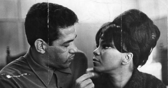 Elza Soares con l'ex marito, il defunto calciatore Garrincha – 1968