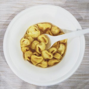 tortellino-brodo